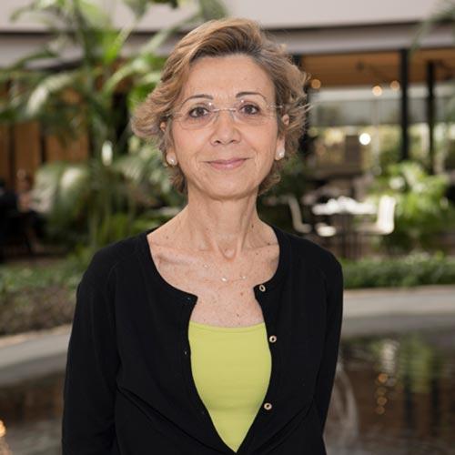 Dra. MARÍA LUZ PINDADO MARTÍNEZ