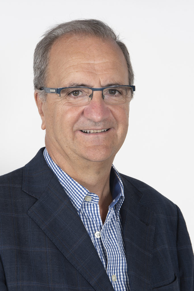 Dr. JUAN CARLOS RUIZ DE ADANA BELBEL