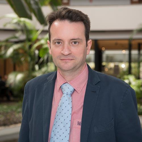 Dr. ALBERTO HERNÁNDEZ MATÍAS